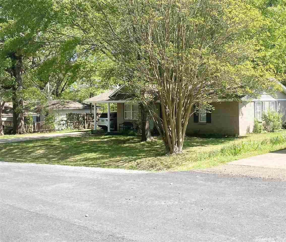 406 Honeysuckle Drive, Star City, AR 71667