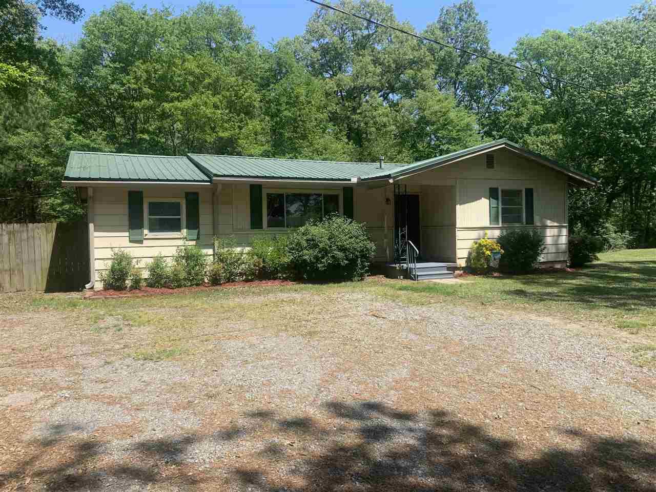 209 Saint Raphael, Pine Bluff, AR 71603