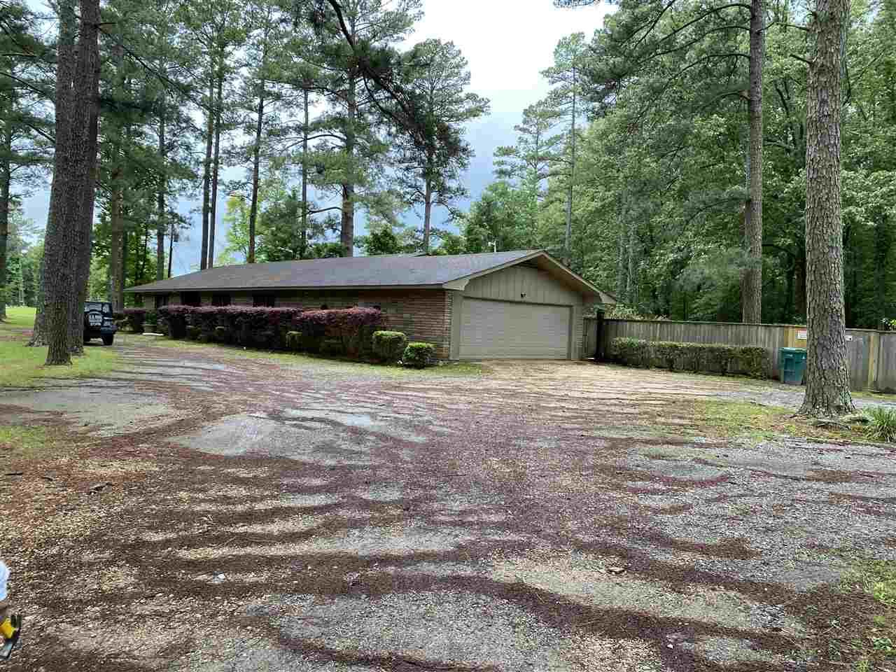 6701 WHITEVILLE, Pine Bluff, AR 71603