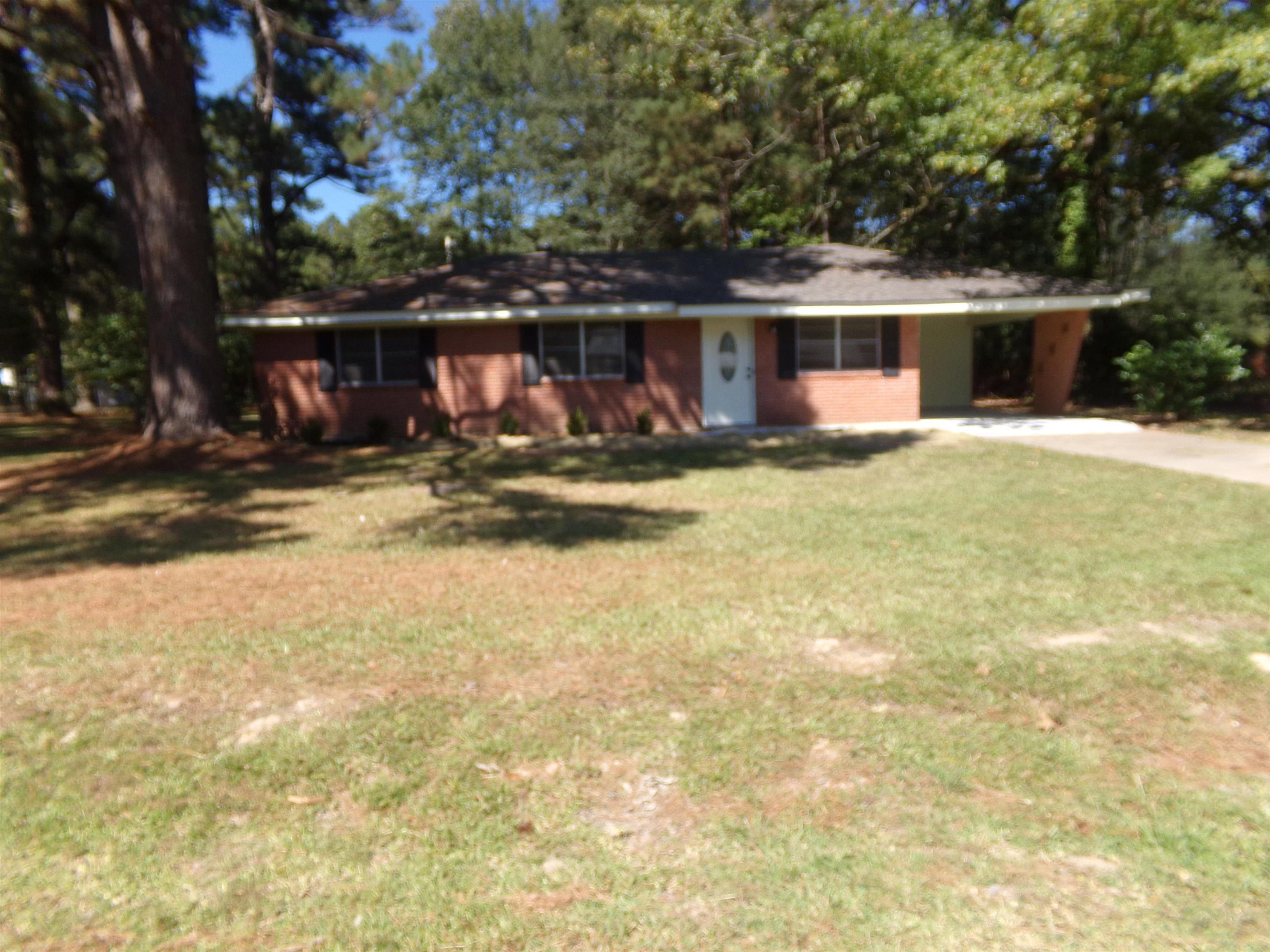 7434 Suburbia, Pine Bluff, AR 71603
