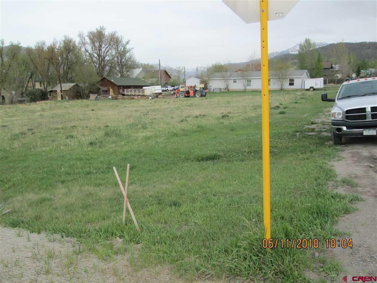 6 lots on Hwy 62 zoned Down Town Services.