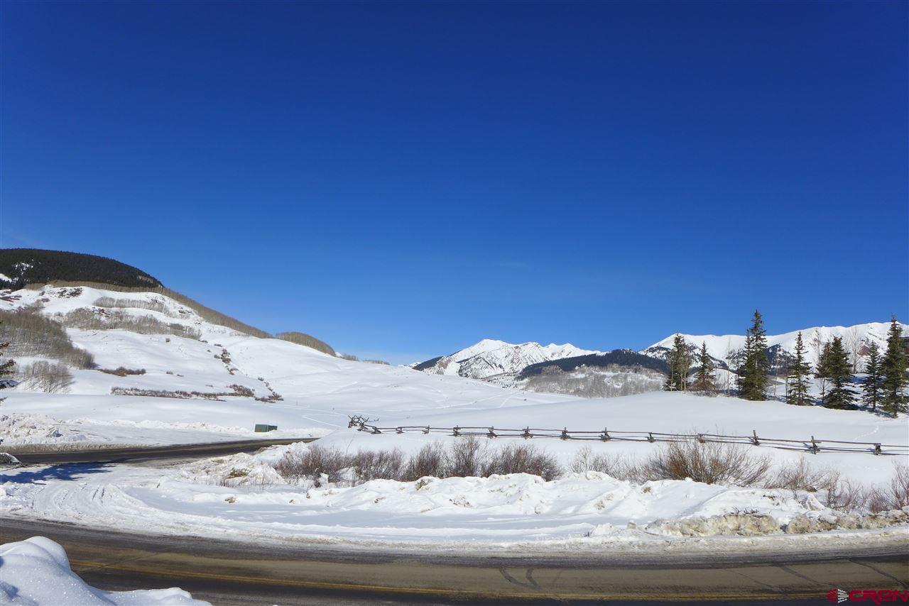 13 Winterset Drive