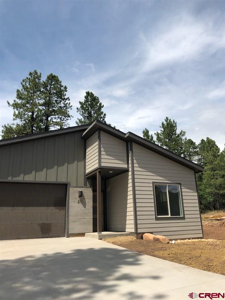 212 Hay Barn Road, Durango, CO 81301