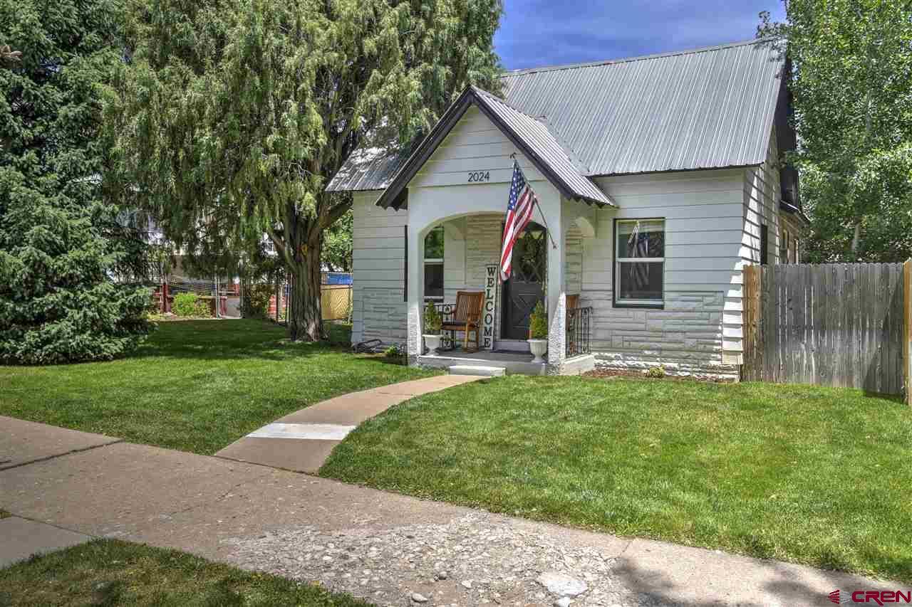 2024 W 2nd Avenue, Durango, CO 81301