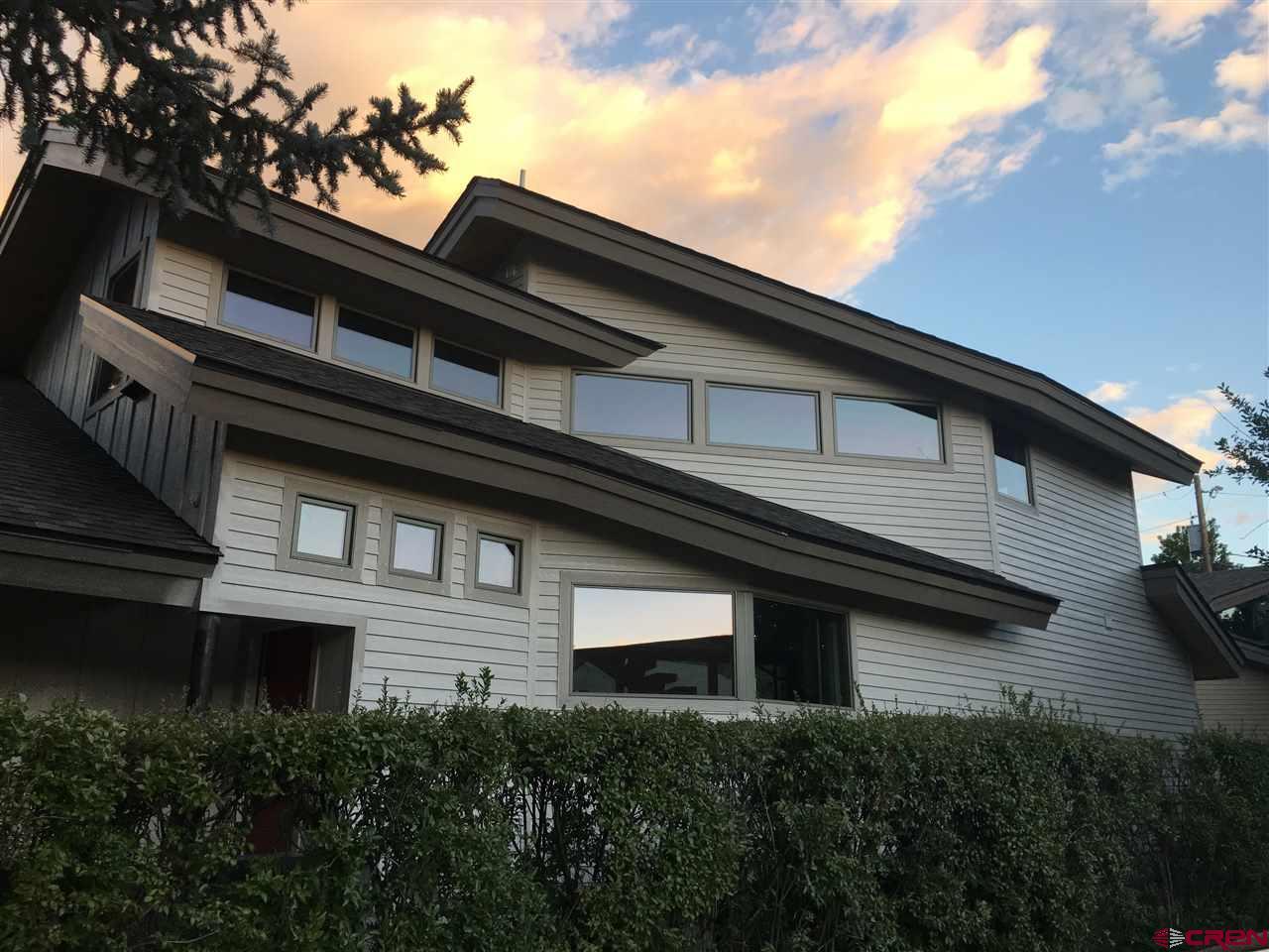 864 E College Drive, Durango, CO 81301