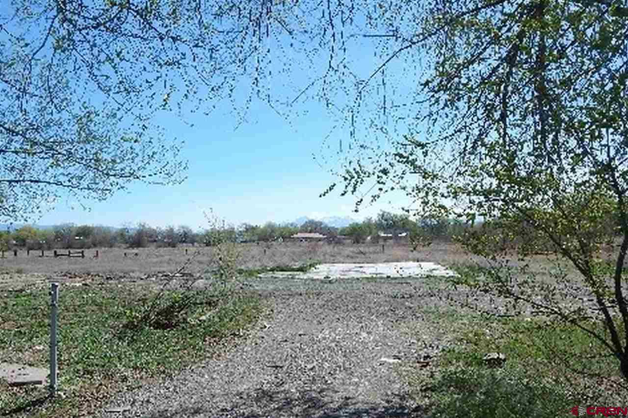 9 acre lot to build the home of your dreams.  Water and sewer taps included.  Don't miss this opportunity.