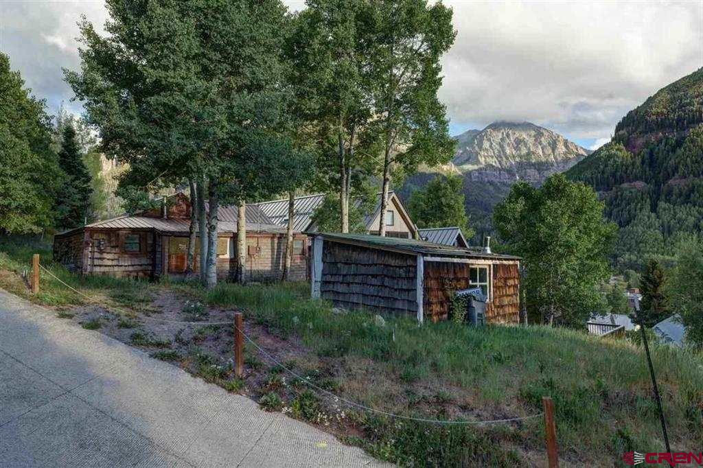Build 3400 sf + garage above ground or add to that another 1556 sf below grade for almost 5000sf of in Town living space. A superb 6200 square foot lot with huge views and sun. Architect Dylan Henderson HARC APPROVED PLANS included. Dylan and Werner Catsman are intimately familiar with the property. New interior plan is sketched.