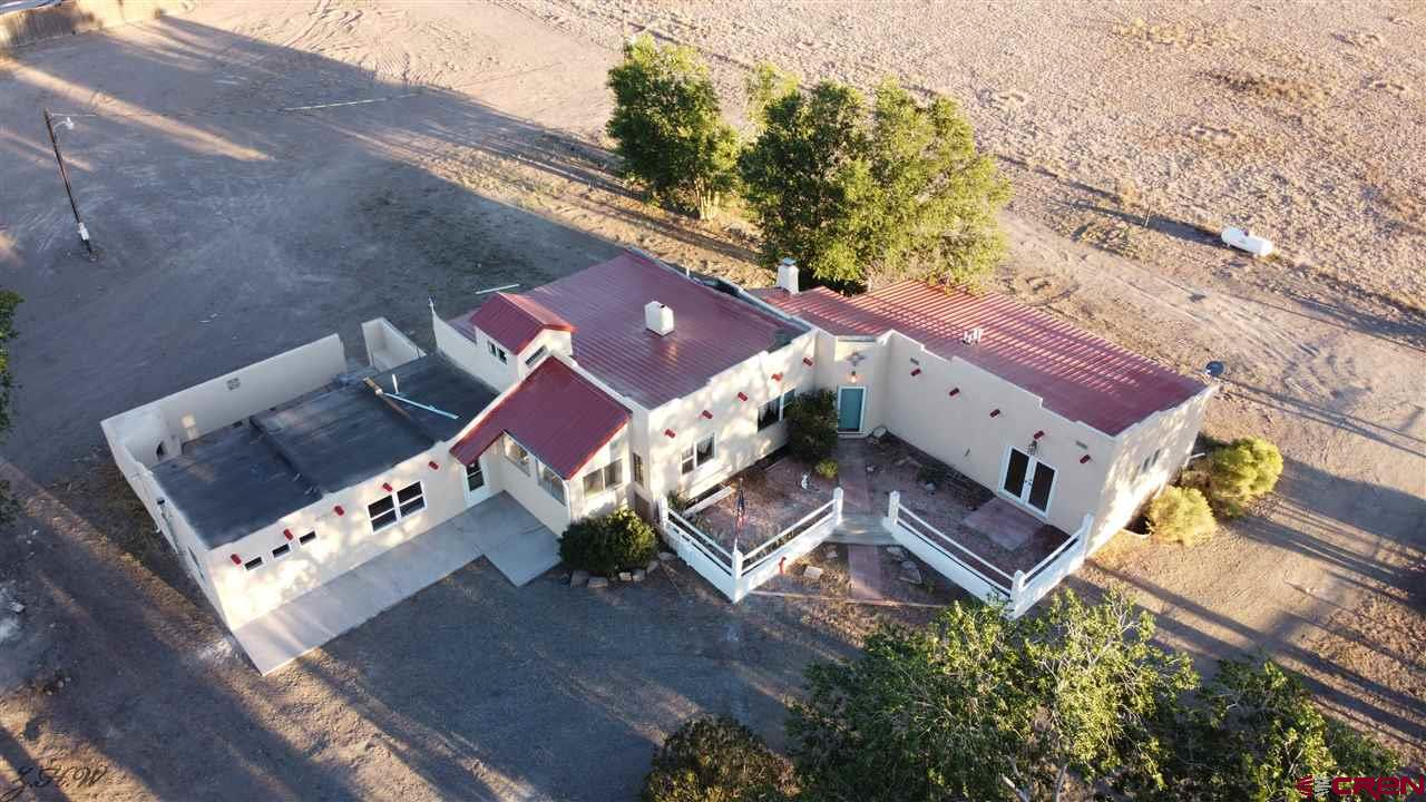 8697 S County Road 106