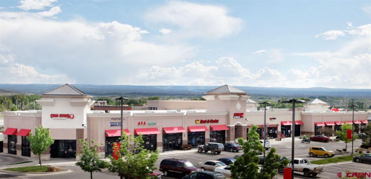 Amazing, high trafficked build to suit or buy in a highly desirable shopping center. There are few places in the city of Montrose that see the high traffic and shopping volume that this shopping center currently does. Give your business the advantage of a great location!