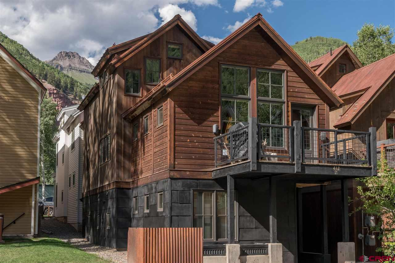 Incredibly appointed 4 bed 4.5 bath residence in the heart of Telluride. Highly sought after location, unbeatable finishes, very well positioned opportunity. This is the only 4 bedroom residence currently listed within the Gondola/Oak Street corridor.   Steps to the gondola, main street, river trail, skiing, hiking and biking. Very strong short term rental potential as well.