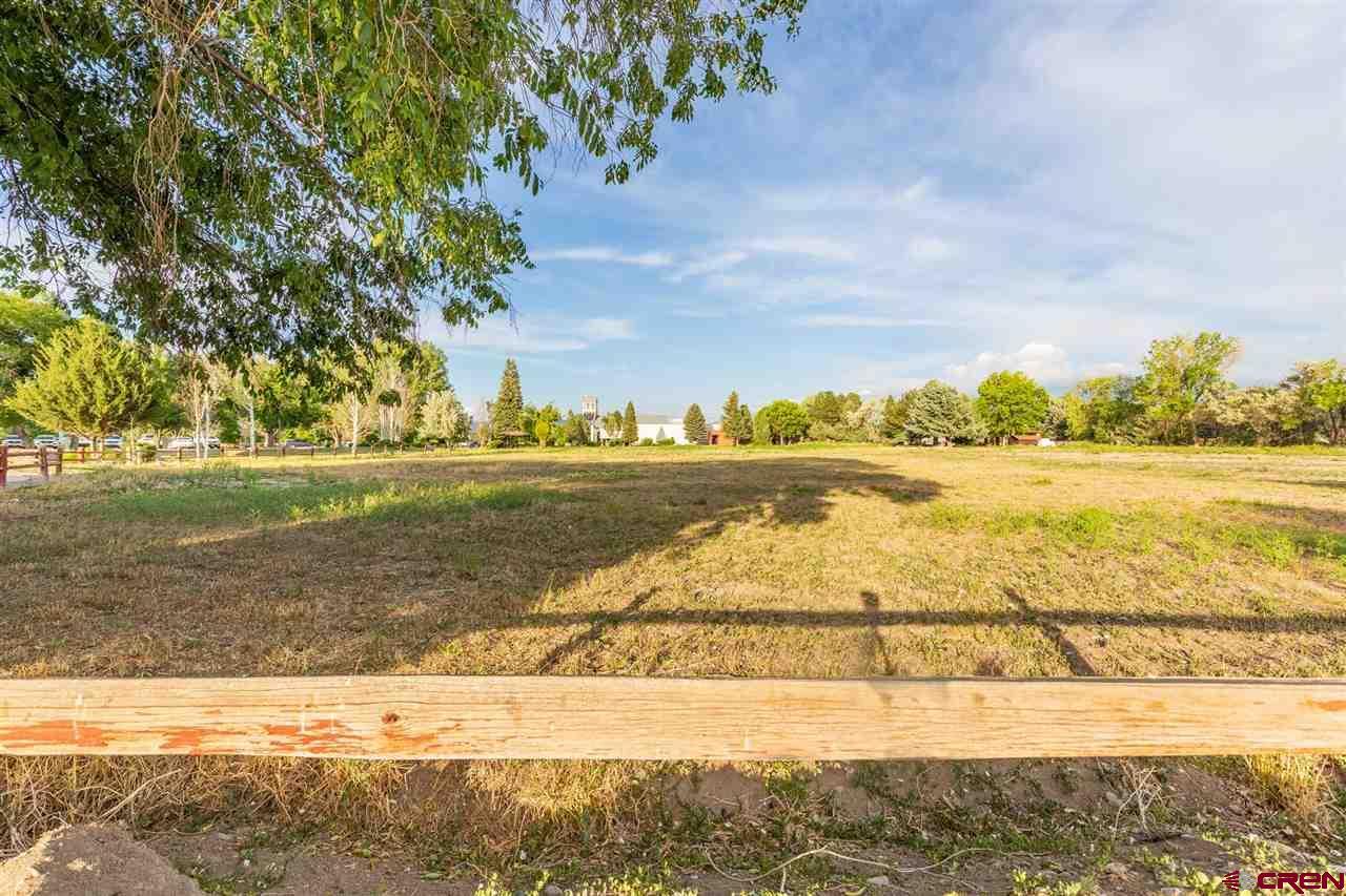 1901 S Townsend Avenue, Montrose, CO 81401