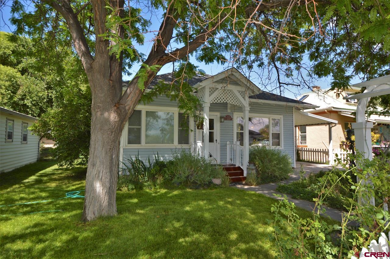 358 W Hotchkiss Avenue, Hotchkiss, CO 81419