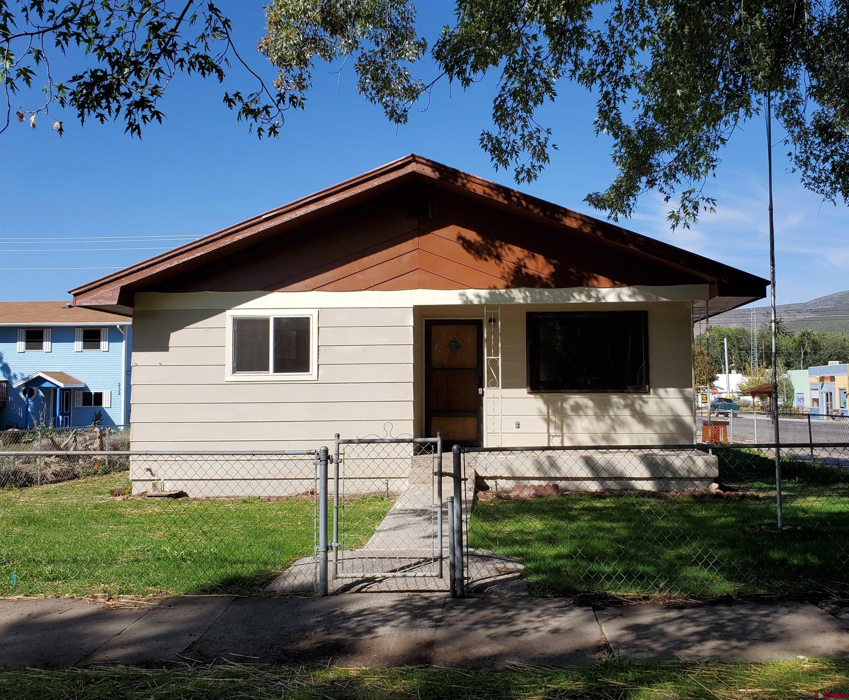 240 Onarga Avenue, Paonia, CO 81428