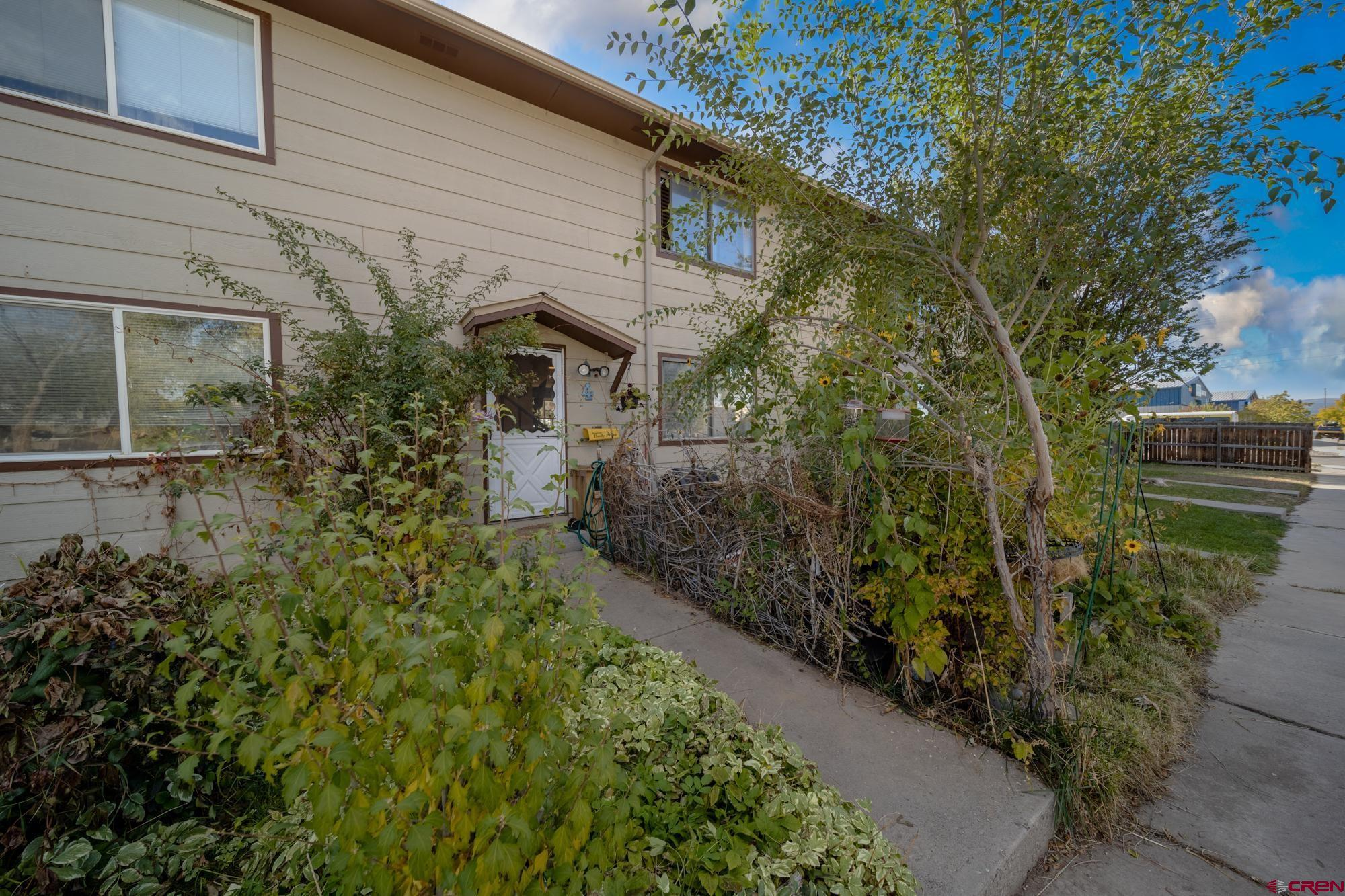 740 N Cascade Avenue, Montrose, CO 81401