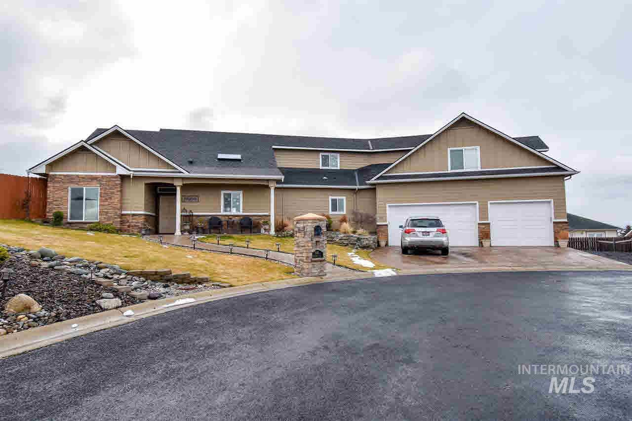 500 Knollcrest Ct, Lewiston, Idaho 83501, 4 Bedrooms, 3 Bathrooms, Residential For Sale, Price $390,000, 314740
