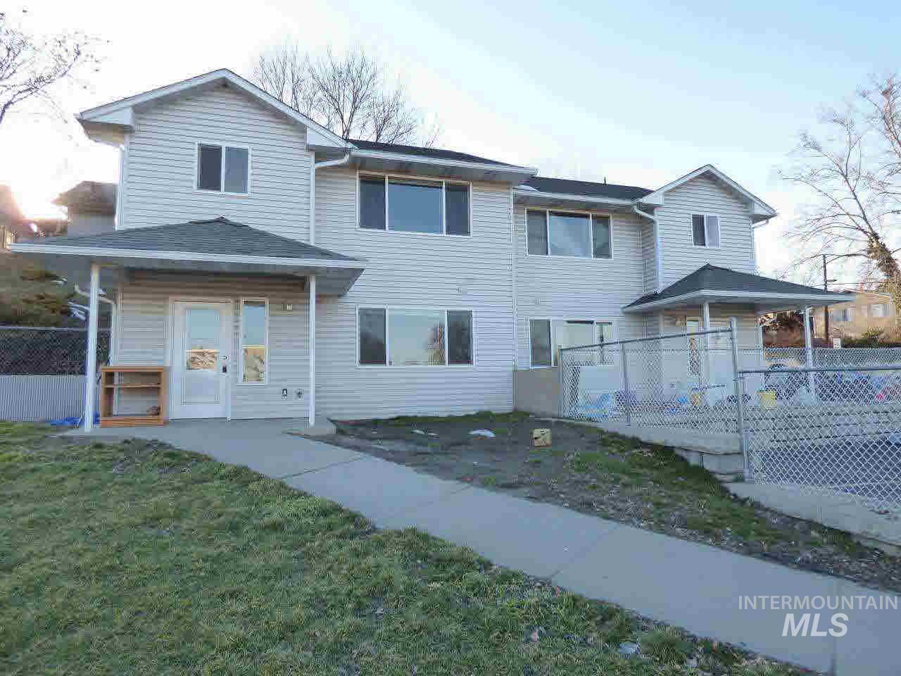 1650 9th Avenue, Lewiston, Idaho 83501, 3 Bedrooms, Residential Income For Sale, Price $300,000, 322174