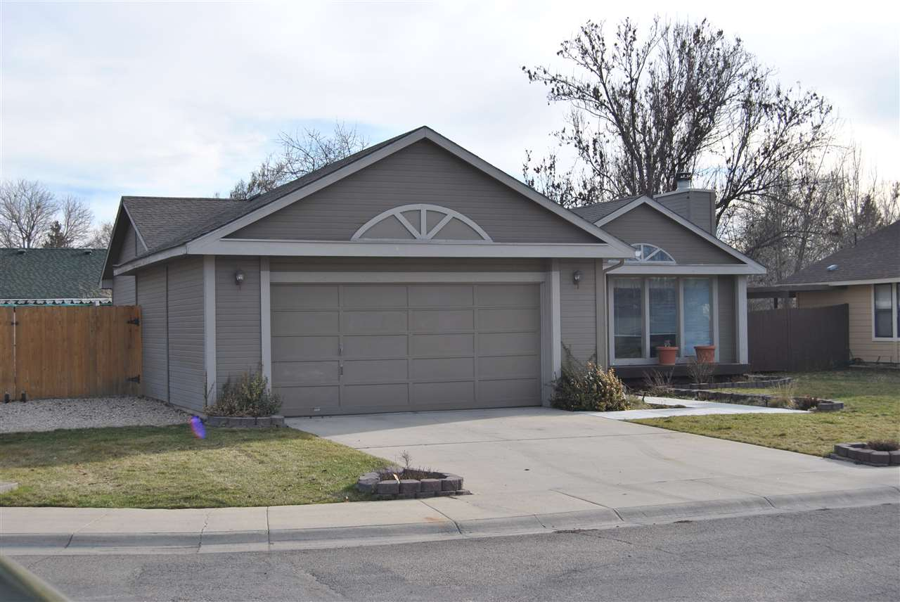 11655 W Powderhorn Ct,Boise,Idaho 83713,3 Bedrooms Bedrooms,2 BathroomsBathrooms,Rental,11655 W Powderhorn Ct,98679396