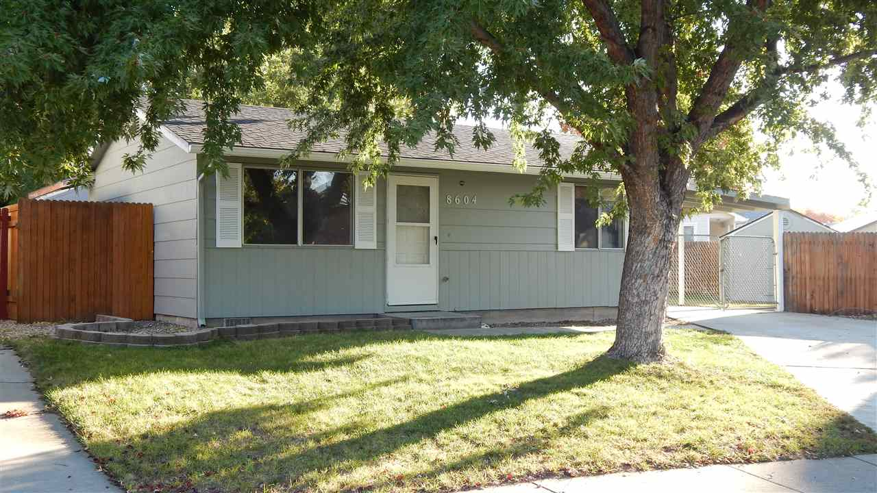8604 W Dewitt,Boise,Idaho 83704,2 Bedrooms Bedrooms,1 BathroomBathrooms,Rental,8604 W Dewitt,98687608