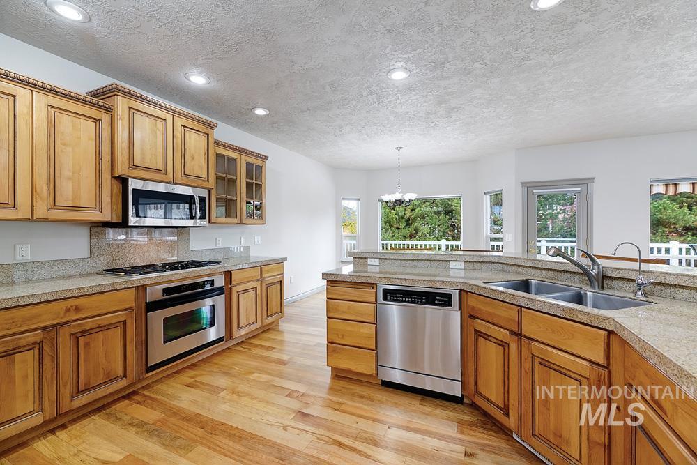 2708 E Greenbrook Dr Eagle Id Lysi Bishop Real Estate