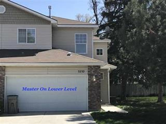 3232 N Patricia Place,Boise,Idaho 83704,3 Bedrooms Bedrooms,2 BathroomsBathrooms,Rental,3232 N Patricia Place,98692318