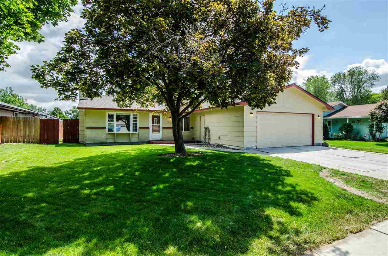 298 S. Harlan Place,Eagle,Idaho 83616,3 Bedrooms Bedrooms,2 BathroomsBathrooms,Residential,298 S. Harlan Place,98693168