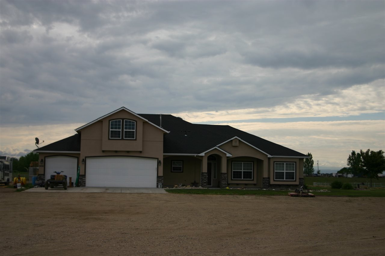 5408 CASSIA RD,New Plymouth,Idaho 83655,4 Bedrooms Bedrooms,2.5 BathroomsBathrooms,Residential,5408 CASSIA RD,98693363