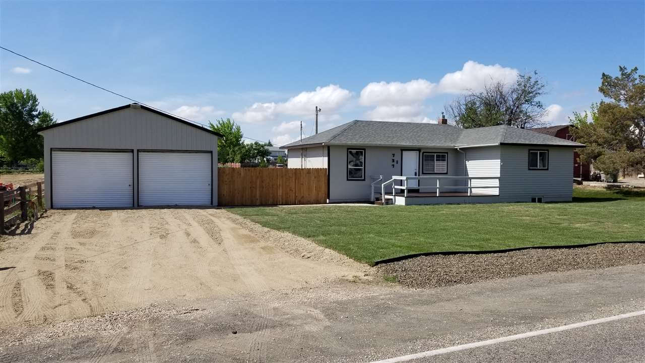 737 W Locust Lane,Nampa,Idaho 83686,3 Bedrooms Bedrooms,2 BathroomsBathrooms,Residential,737 W Locust Lane,98693364