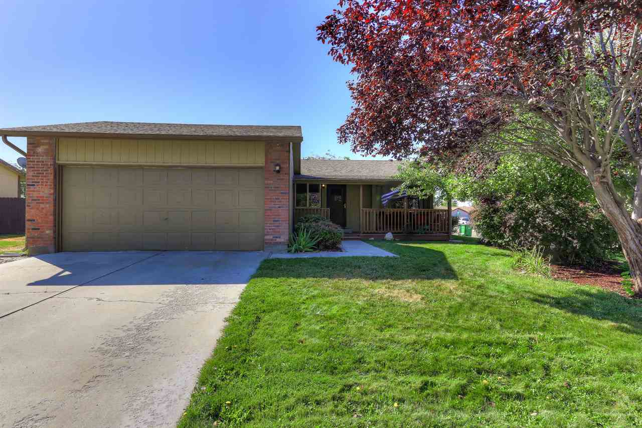 1511 W Lowry, Meridian, Idaho 83642, 3 Bedrooms Bedrooms, ,2 BathroomsBathrooms,Residential,For Sale,1511 W Lowry,98706817