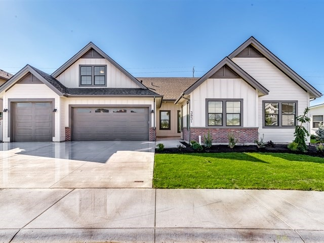 MOVE IN READY!! Gardner Presents the Rockcreek! Spacious and inviting with 6 bedrooms and a large bonus room upstairs.  Gardner Quality through out this home with so much to offer the distinguished buyer.   Call today for your private showing.