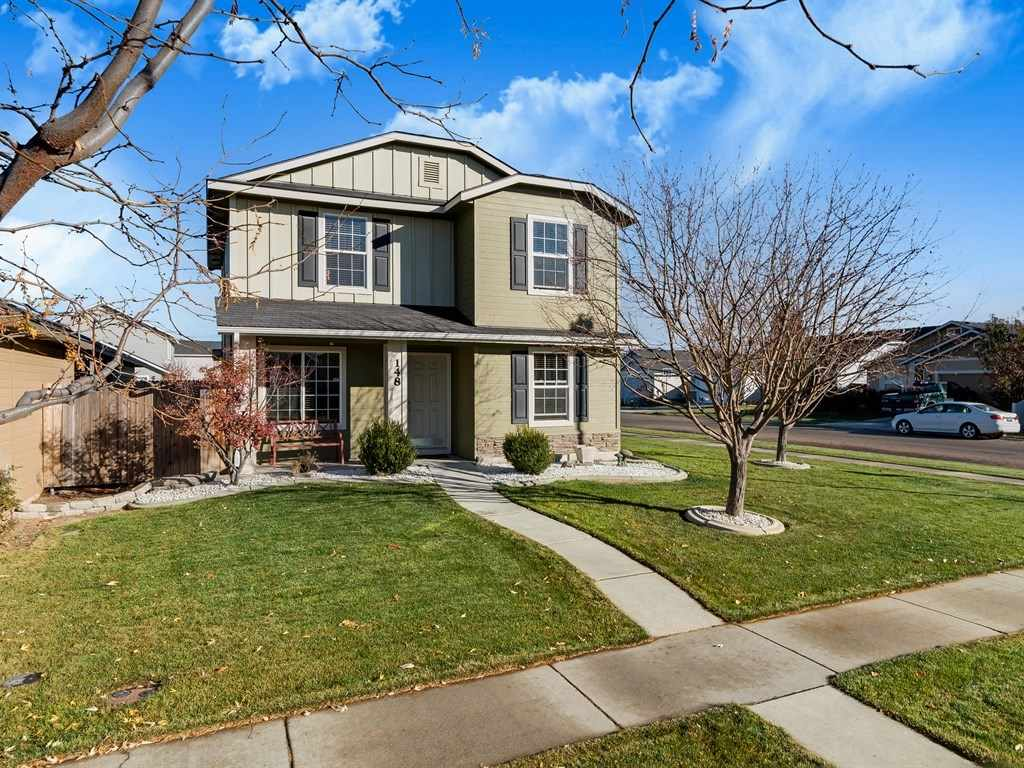 Great location in NW Meridian for this MOVE-IN READY home in Ambercreek! New carpet throughout & new interior paint. You'll love the spacious kitchen with casual dining area & backyard access, upstairs master with large walk-in closet & convenient 1/2 bath on main floor. 4th bedroom on the main floor would make a great home office! Nicely landscaped corner lot with alley-load 2-car garage. No neighbors on 3 sides! Extra wide driveway for more parking. Refrigerator, washer & dryer included!