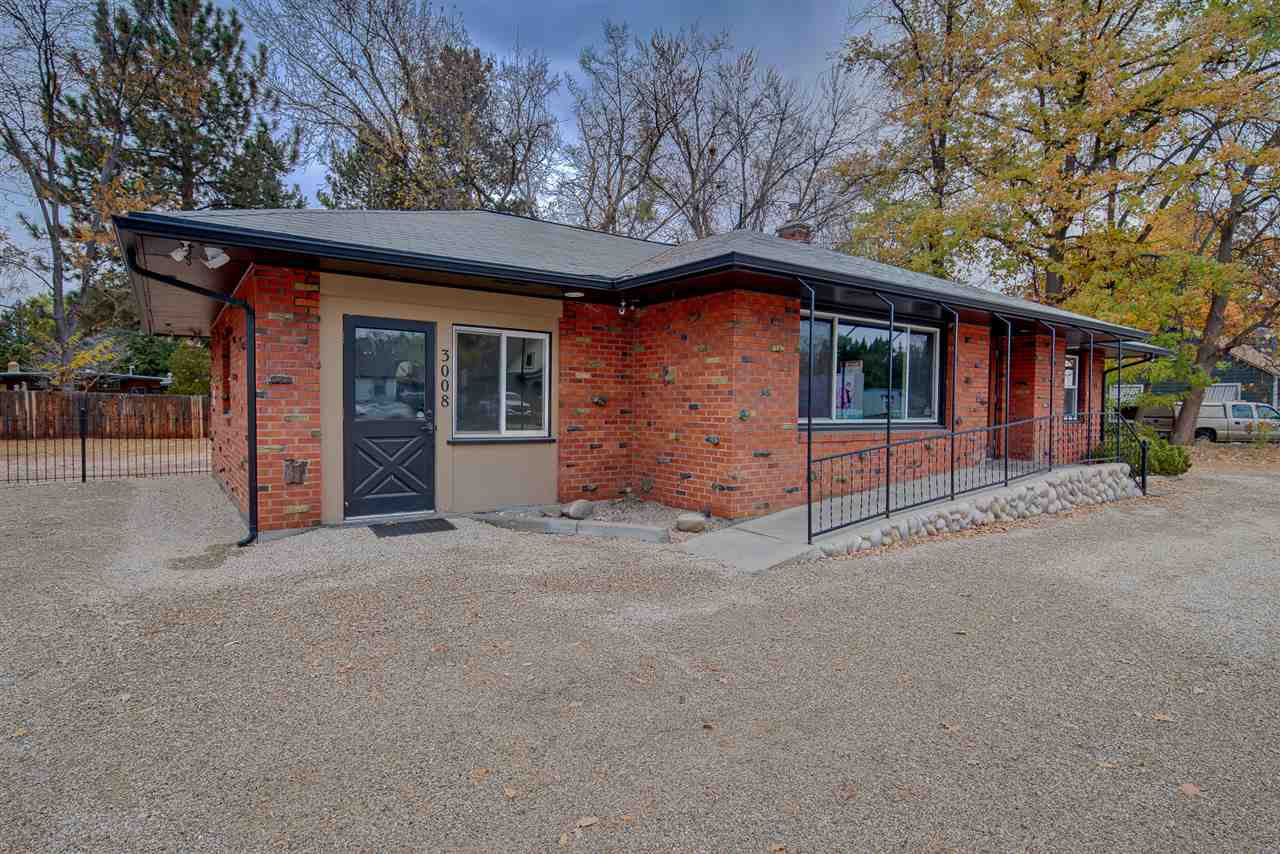 3008 W Overland Road, Boise, Idaho 83705, ,Business/Commercial,For Sale,3008 W Overland Road,98712086