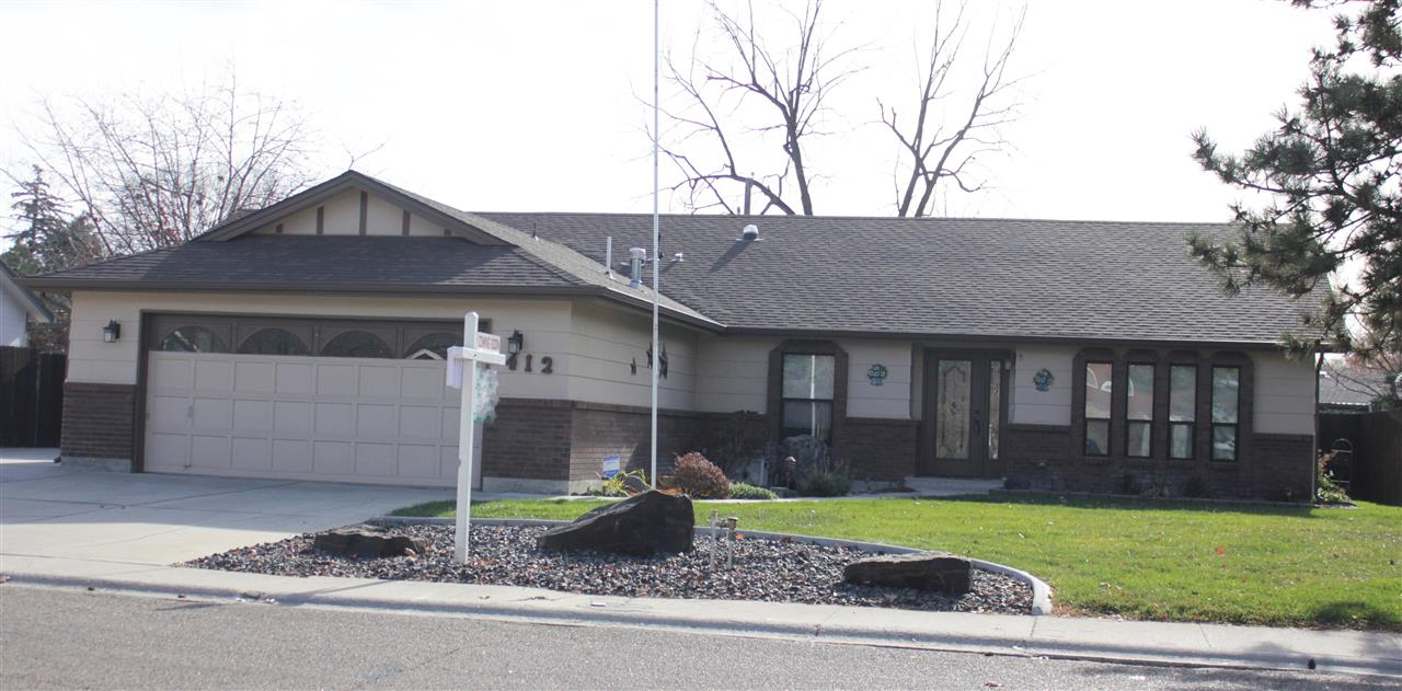 412 Cottonwood St, Caldwell, Idaho 83605, 3 Bedrooms, 2 Bathrooms, Residential For Sale, Price $299,900, 98712587