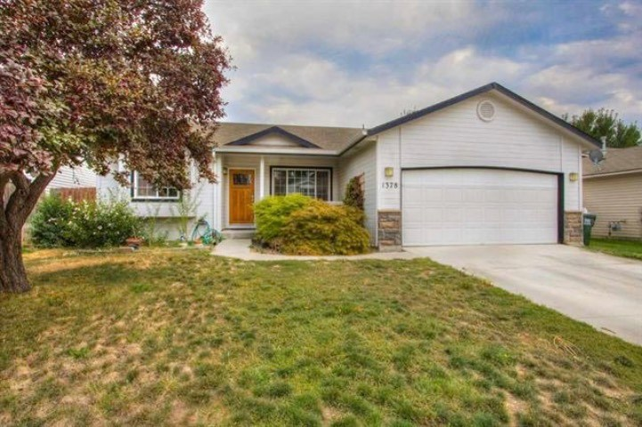 1378 Forty Niner, Kuna, Idaho 83634, 3 Bedrooms, 2 Bathrooms, Rental For Rent, Price $1,200, 98714832