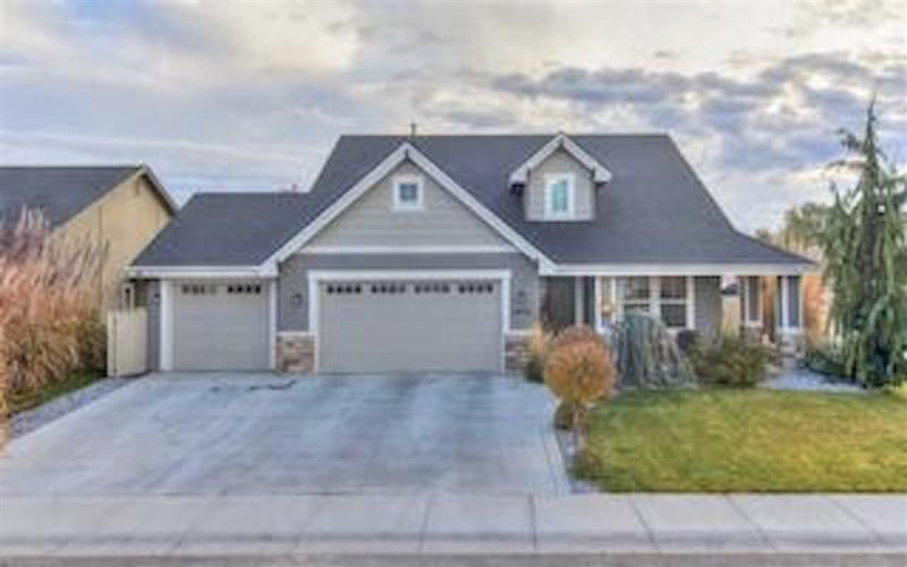 2472 N Tweedbrook, Meridian, Idaho 83646, 4 Bedrooms, 2.5 Bathrooms, Rental For Rent, Price $2,300, 98715123
