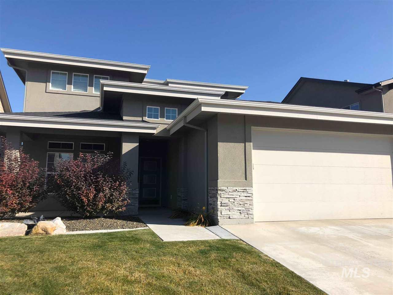 8118 S Red Cliff Ave, Boise, Idaho 83716, 5 Bedrooms, 2.5 Bathrooms, Rental For Rent, Price $2,175, 98715833