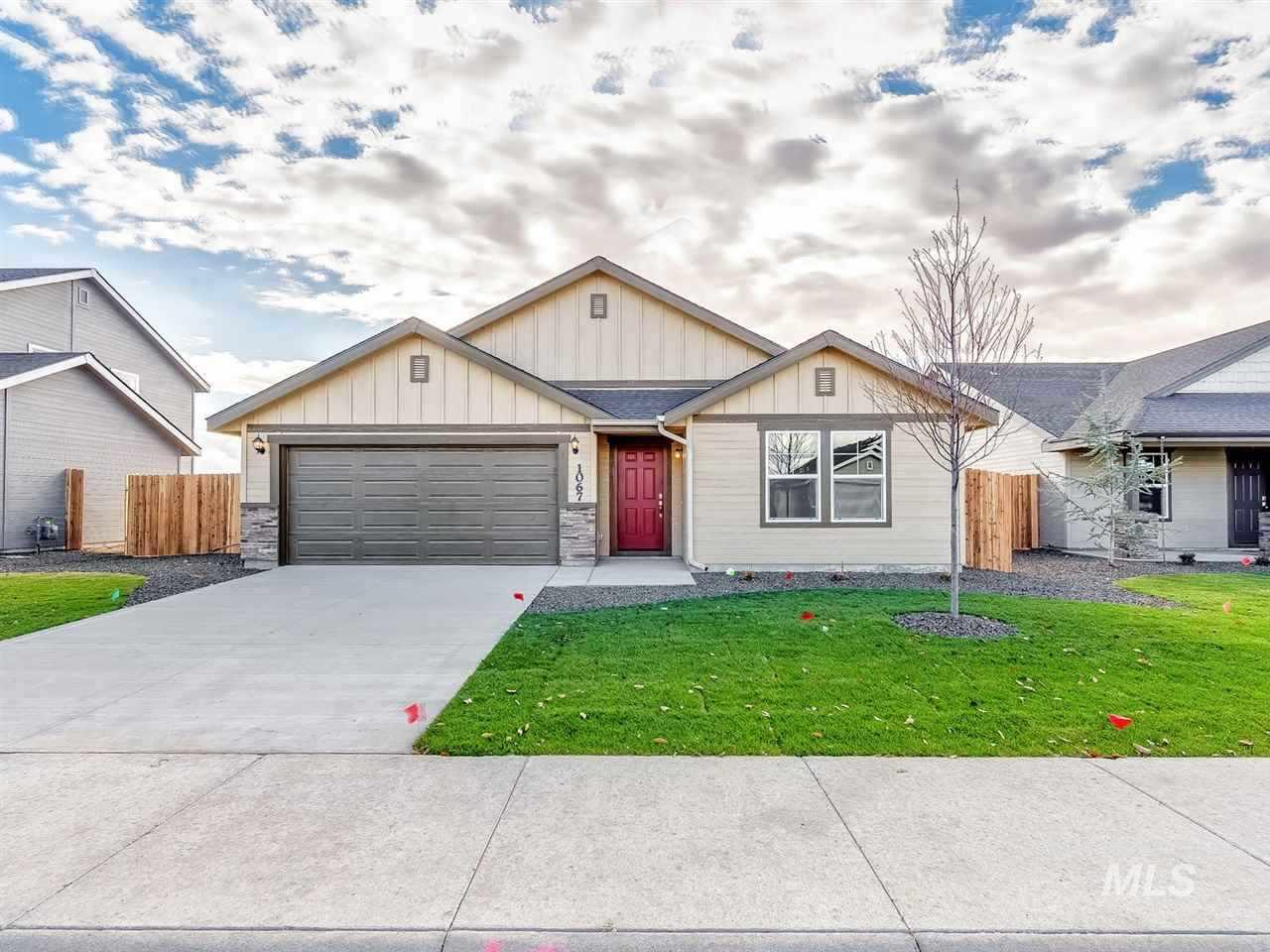 Pre sold Crestwood with Country Elevation