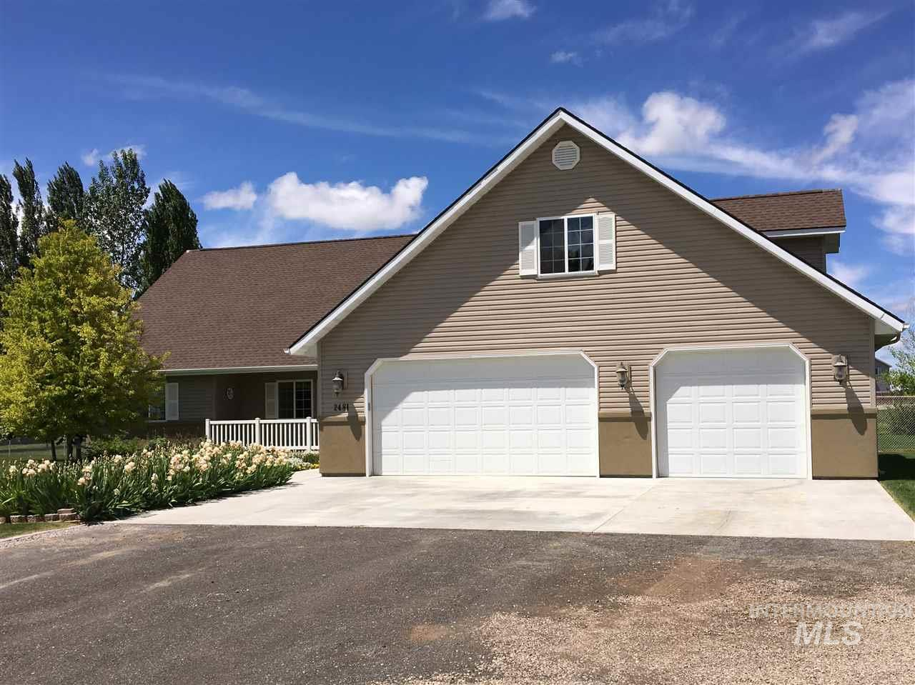 3805 N 2481 E- Filer- Idaho 83328, 4 Bedrooms, 3 Bathrooms, Residential For Sale, Price $425,000, 98718970