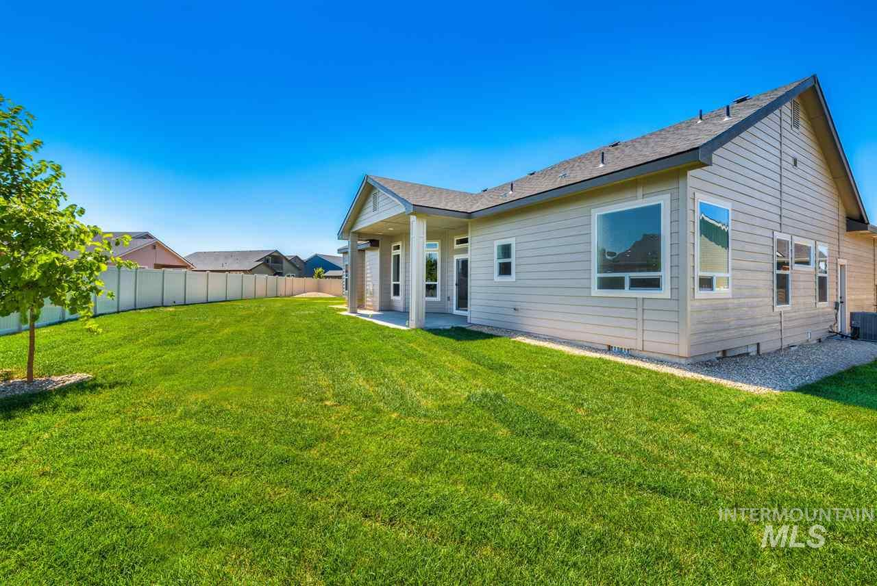 4602 S Sovite Ave- Nampa- Idaho 83686, 3 Bedrooms, 3 Bathrooms, Residential For Sale, Price $319,900, 98718982