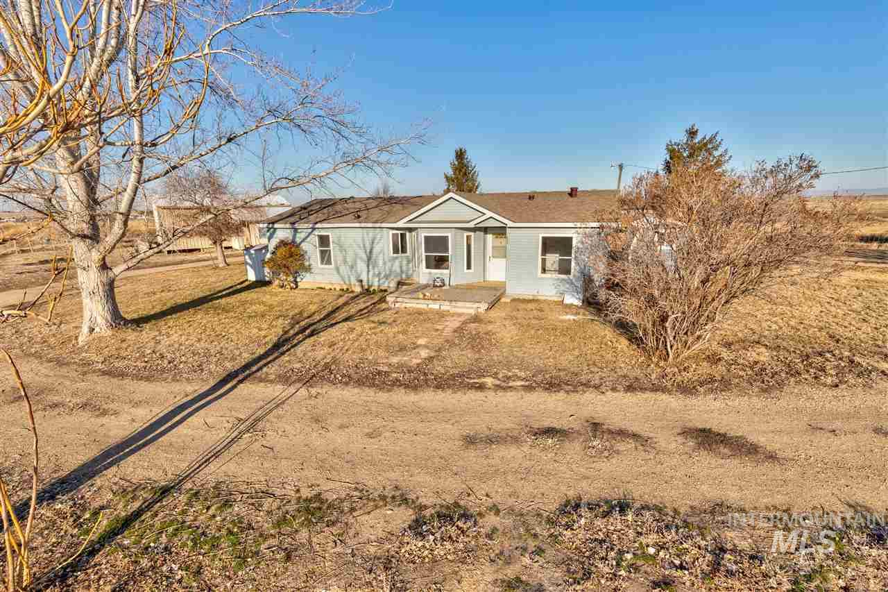 16170 Hollow Rd- Caldwell- Idaho 83607, 3 Bedrooms, 2 Bathrooms, Residential For Sale, Price $374,500, 98718987
