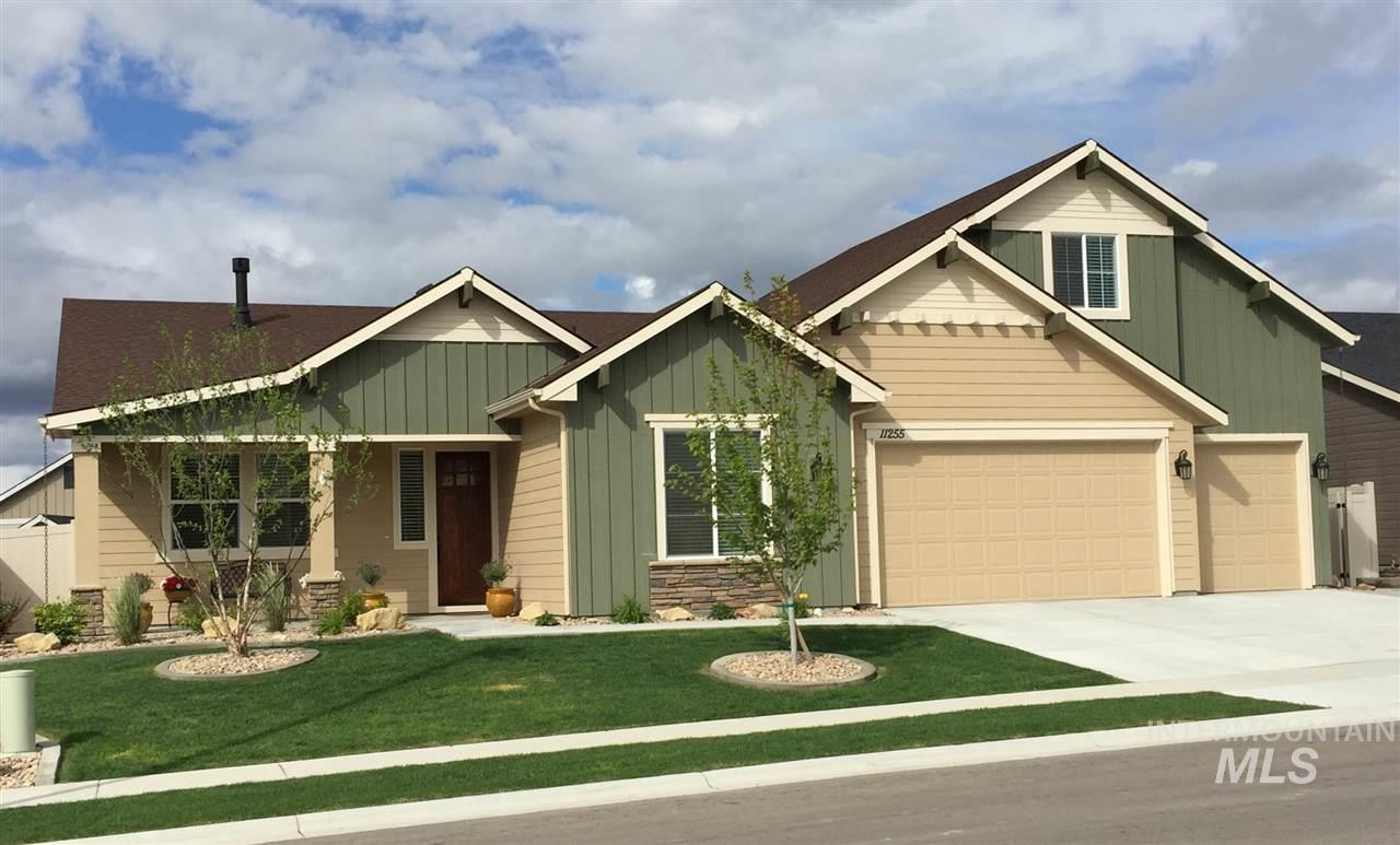 11255 W Victoria Drive, Nampa, Idaho 83686, 4 Bedrooms, 2 Bathrooms, Residential For Sale, Price $369,900, 98719327