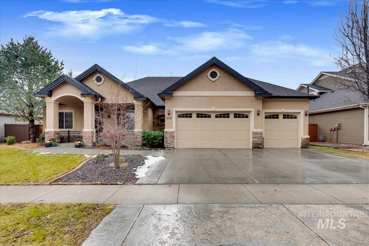 819 W Bacall St., Meridian, Idaho 83646, 5 Bedrooms, 3 Bathrooms, Residential For Sale, Price $509,900, 98719404
