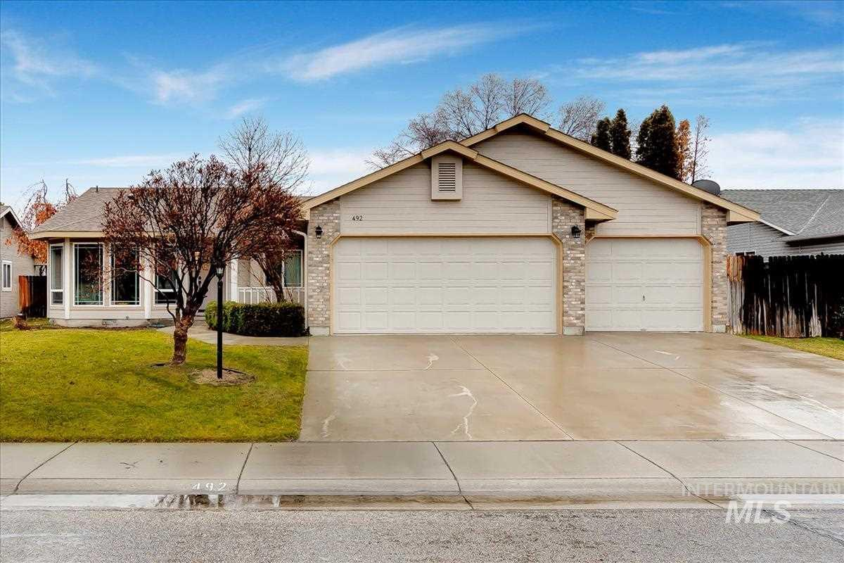 492 S Thoreau Way, Boise, Idaho 83709, 3 Bedrooms, 2 Bathrooms, Residential For Sale, Price $269,900, 98719464