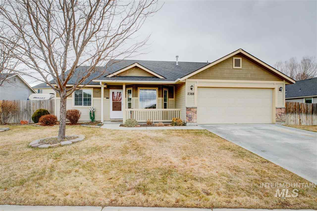 2388 N MOUNTAIN ASH, Kuna, Idaho 83634, 3 Bedrooms, 2 Bathrooms, Residential For Sale, Price $224,000, 98719487