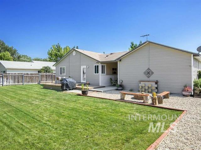 500 Huckleberry St, Middleton, Idaho 83644, 3 Bedrooms, 2 Bathrooms, Rental For Rent, Price $1,450, 98720094
