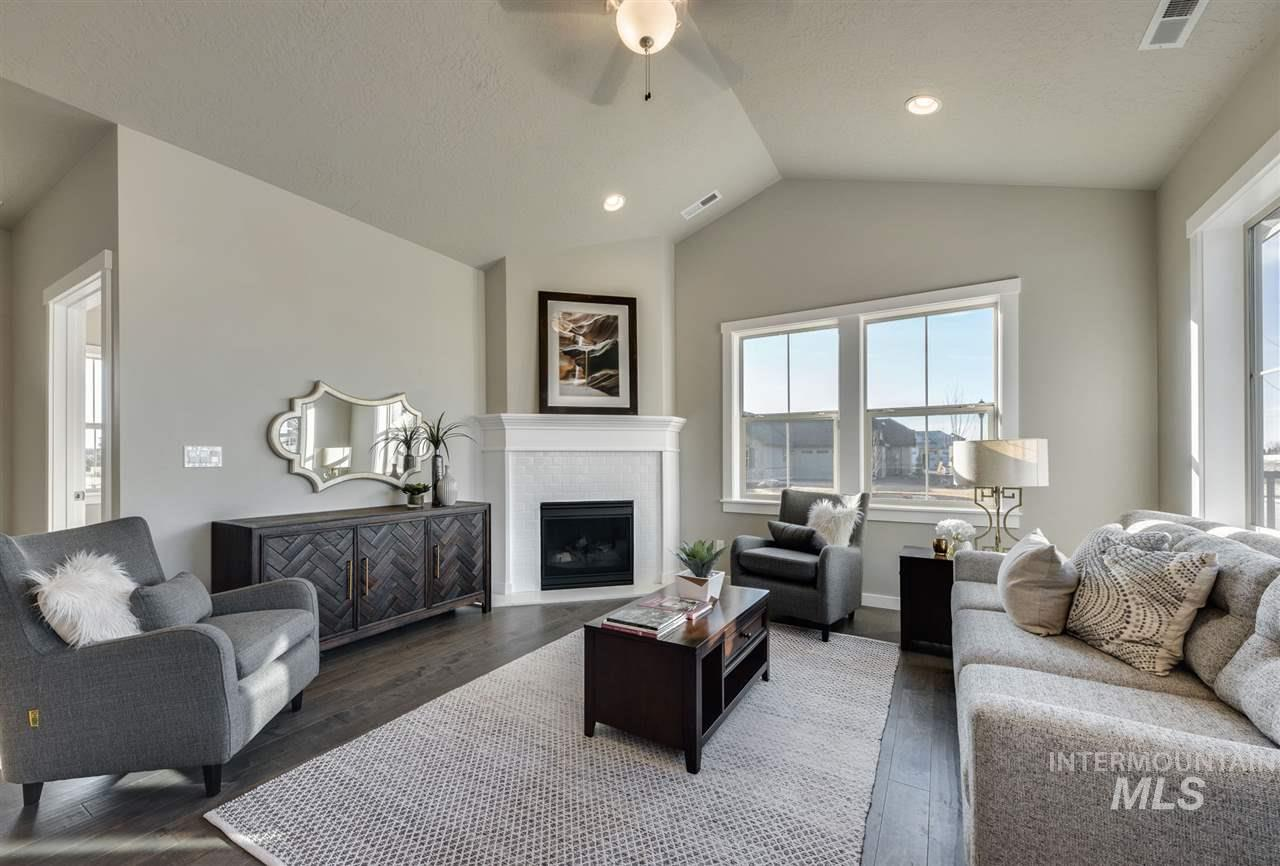 Zurich - single level patio home | Blackrock Homes. CLOSING no sooner then 05/22/19, S. Meridian's Luxury Gated Community. Our largest plan features a bright & airy Sunroom & generous exterior stone accents. See rich wood tones & brilliant quartz surfaces, plus a fireplace, vaults, walk-in pantry, oversized partially-covered patio & more! Ownership incl. access to a stunning 2,600 s.f. Social House (clubhouse). HOA provides landscape maintenance, snow removal, long-term exterior repaint & roof replacement.