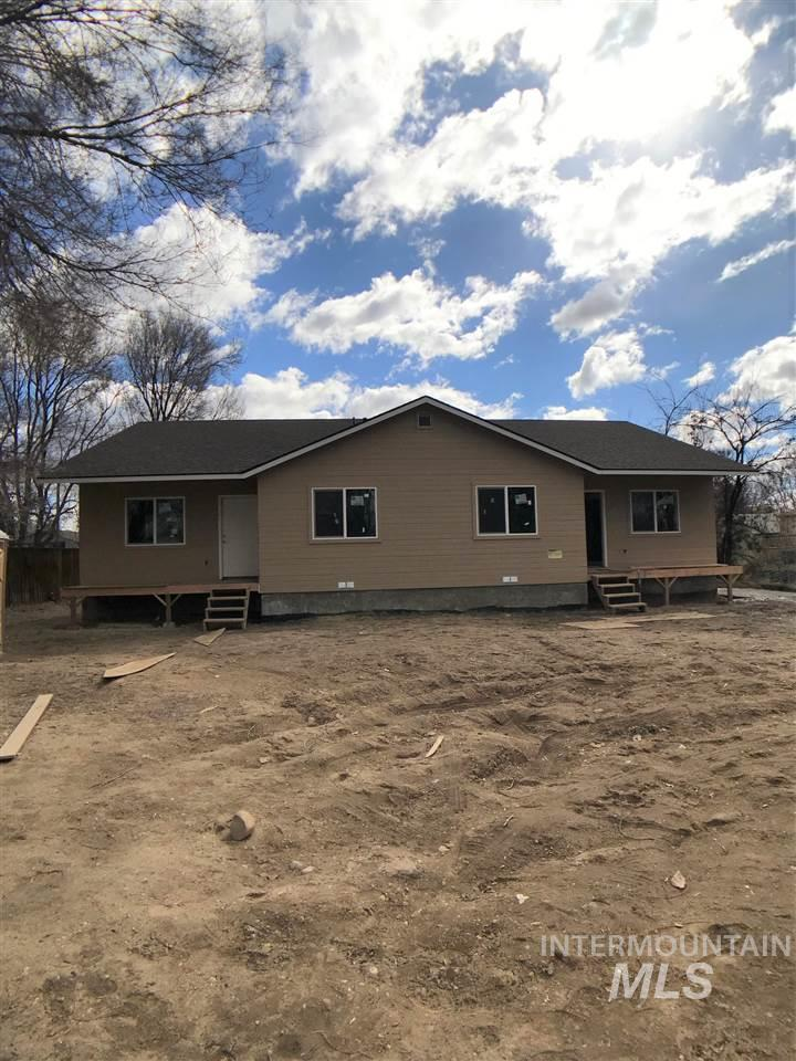 316 12th Ave North, Nampa, Idaho 83709, 2 Bedrooms, 1 Bathroom, Residential Income For Sale, Price $275,000, 98721852