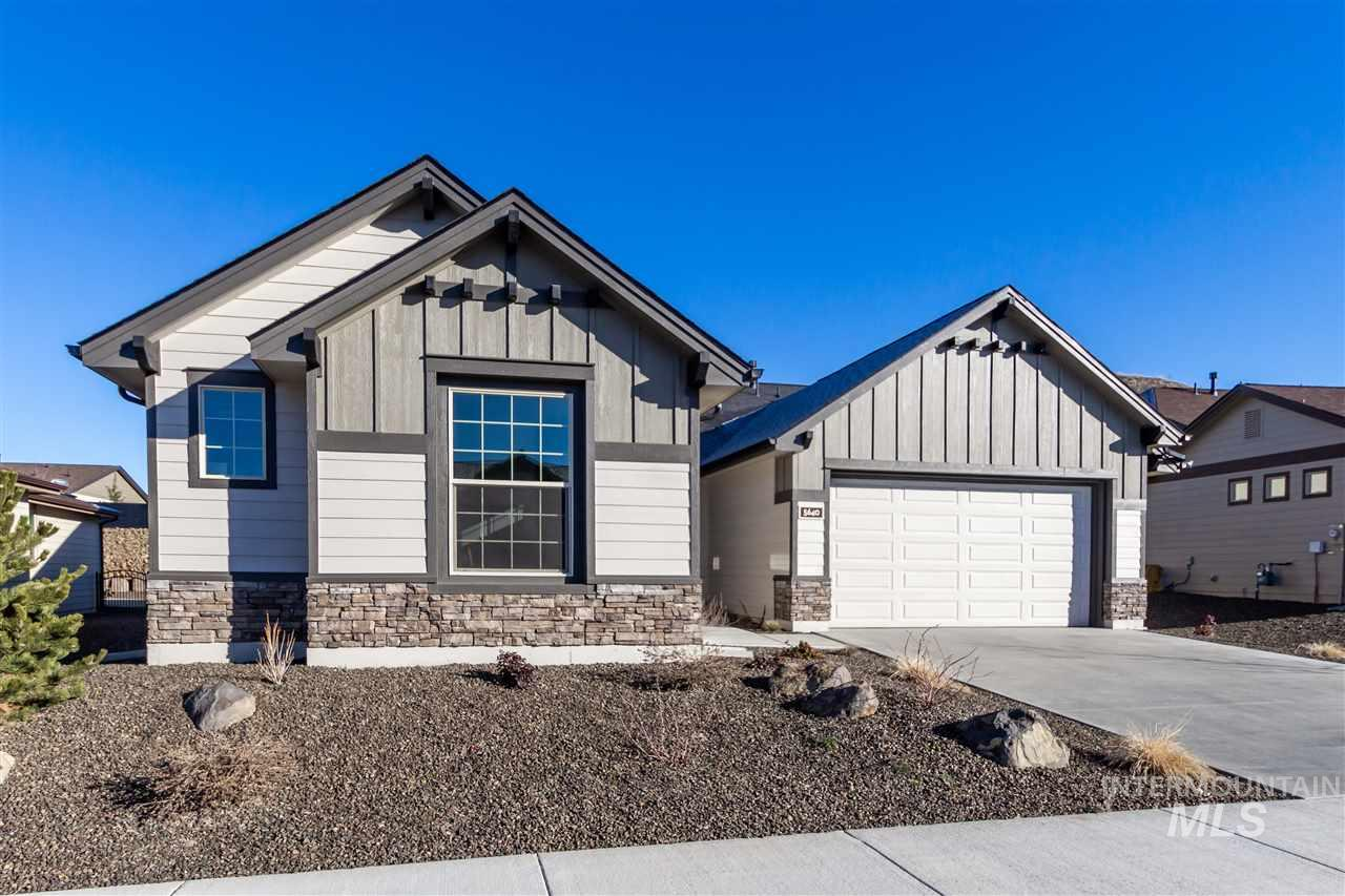 5640 W Creeks Edge Dr, Boise, Idaho 83714, 3 Bedrooms, 2 Bathrooms, Residential For Sale, Price $370,000, 98721932