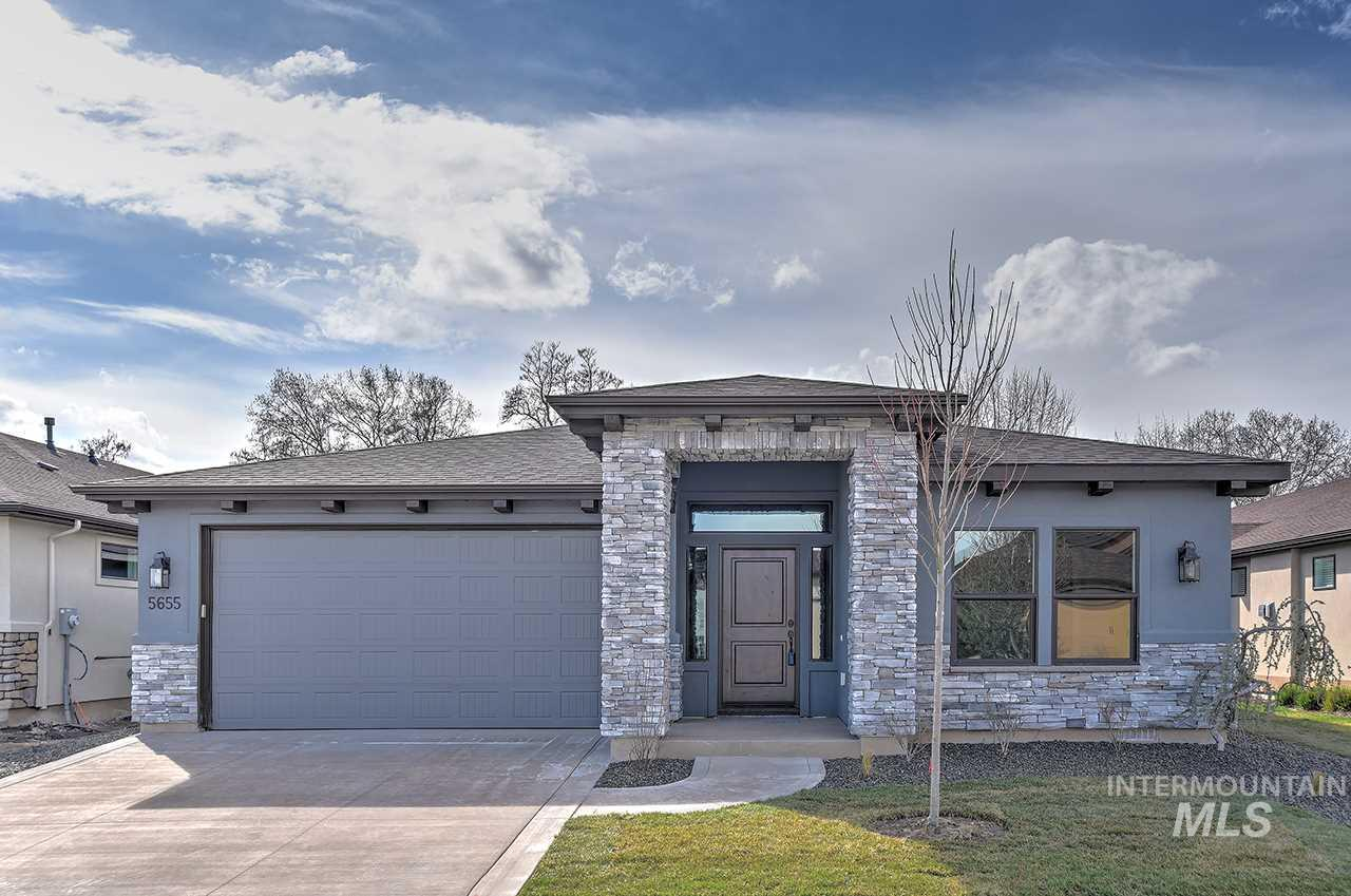 Esperanza by Jayo Construction. Quality construction w/custom crafted upgrades-9' & 11' ceilings, hardwood & tile flooring, custom built cabinets, 3 beds + den, slab granite + full tile surrounds in baths. Full stucco & stone exterior, bronze windows, 2 covered patios. Front/Rear exterior landscape maintenance included in HOA dues + Rec Center w/pool & fitness for your enjoyment. $350/Qt.