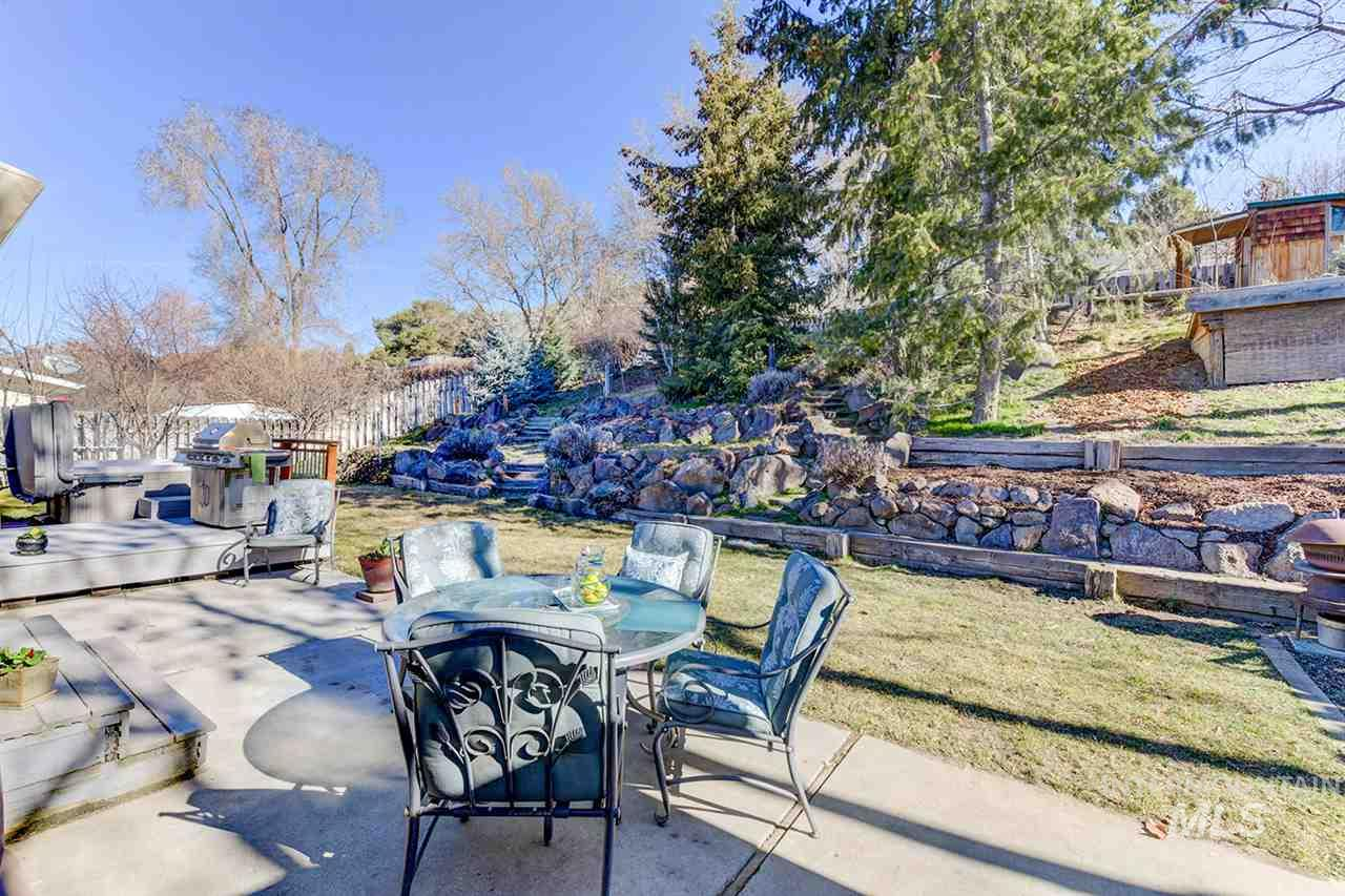 5328 W HILL RD, Boise, Idaho 83703, 3 Bedrooms, 1.5 Bathrooms, Residential For Sale, Price $280,000, 98722001