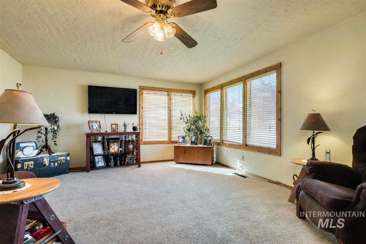 1942 S Leadville Ave, Boise, Idaho 83706, 2 Bedrooms, 1 Bathroom, Residential For Sale, Price $318,000, 98722005